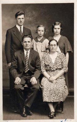 Helvi Maria <i>Lindel�</i> Scott