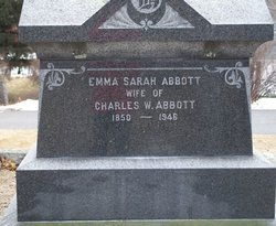 Emma Sarah <i>Hoar</i> Abbott
