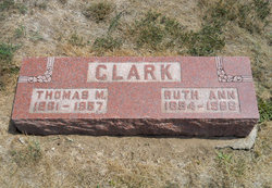 Ruth Ann <i>Graves</i> Clark