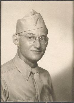 Pvt Everett Roberts