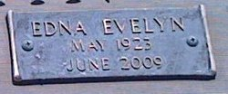 Edna Evelyn <i>Bachman</i> Hull