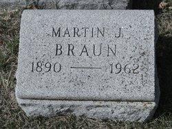 Martin J Braun