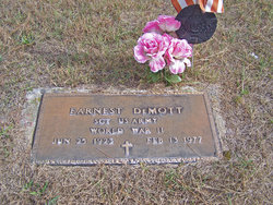 Earnest DeMott