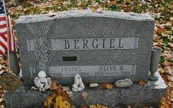 Olive <i>Herzog</i> Bergiel
