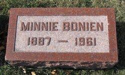 Minnie <i>Vandreike</i> Bonien