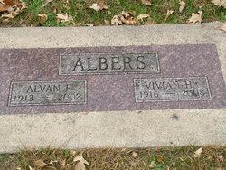 Vivian Hazel <i>Raney</i> Albers