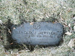 Harold Harry Dettloff