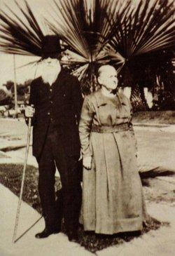 Lillian Estella <i>Fockler</i> Oster