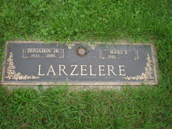 Mary E. <i>Grabert</i> Larzelere