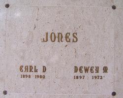 Earl D Jones