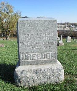 Daniel J Creedon