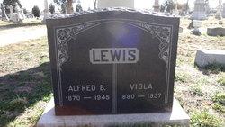 Viola <i>Palmer</i> Lewis