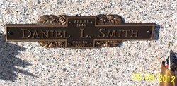 Dan L. Smith