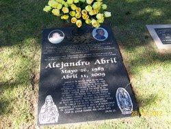 Alejandro Alex Abril