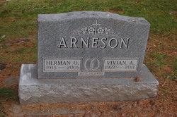 Vivian Agnes <i>Beardmore</i> Arneson