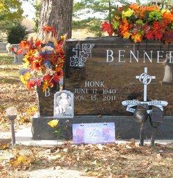 Gleason Honk Bennett