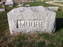 Elizabeth Grandma <i>Garrett</i> Moore