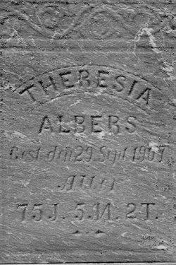 Theresia <i>Huve</i> Albers