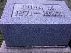 Dora M <i>Williams</i> Farnsworth