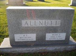 Ruth <i>Sanders</i> Allnutt