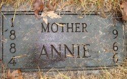 Annie Carlson
