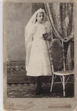 Mary Louise <i>Carabin</i> Jones