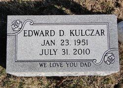Edward D Kulczar