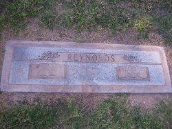 Dorothy F Reynolds