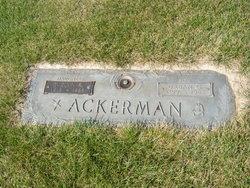 Evelyn R Ackerman