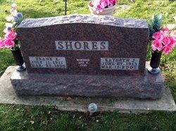 Frank E Shores