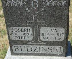 Eva <i>Moskerck</i> Budzinski