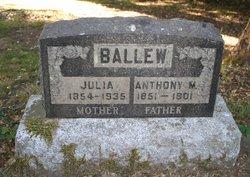 Julia <i>Plemmons</i> Ballew