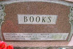 Sue C <i>Books</i> Bolen