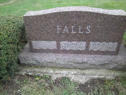 Roberta E <i>McKenzie</i> Falls