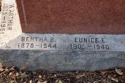 Bertha Elizabeth <i>Benjamin</i> Howard
