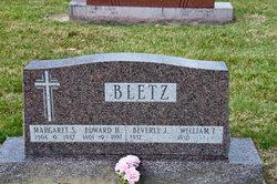 Bertha Margaret <i>Sherer</i> Bletz