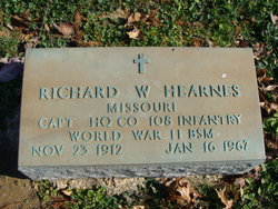 Richard W Hearnes