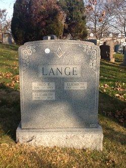 Elizabeth <i>Rueter</i> Lange