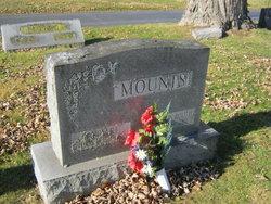 J Robert Mounts