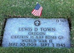 Capt Lewis D Town
