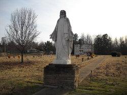 Henderson County Memory Gardens