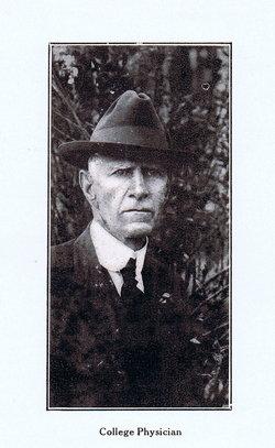 Dr William Dickson Redus