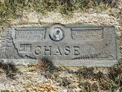 Bertha B Chase