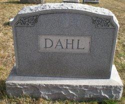 Christina H Reid Dahl