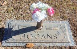 Elsie P Hogans