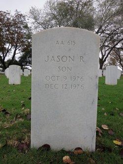 Jason R Saunders
