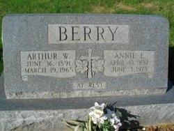 Annie Elizabeth <i>Groves</i> Berry