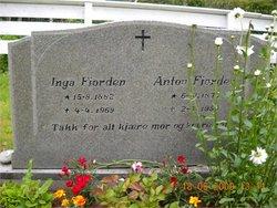 Inga Marie Tomasdatter <i>Sumstad</i> Fjorden