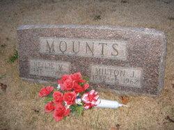 Nellie Maud <i>Ertel</i> Mounts