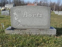 Larry R Bortz